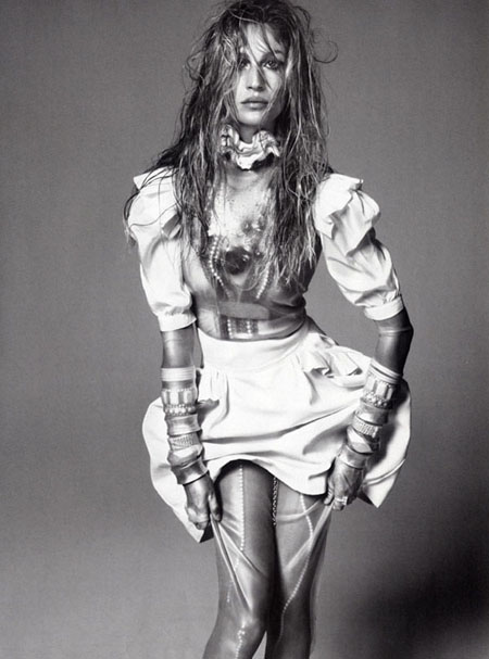 Gisele Bundchen for Vogue Italy December 2010 by Steven Meisel